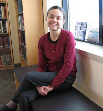 """Anna Maria Rey is one of the recipients of the 2013 MacArthur Fellowship, or """"genius grant,"""" for her work with ultra-cold atoms."""