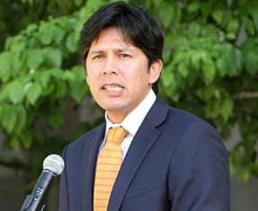 California State Senator Kevin de Leon said the tax credit will provide the opportunity to increase college access for about 200,000 low-income students.