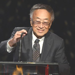 In the 1970s, Dr. Paul Terasaki created the UCLA Kidney Transplant Registry, the first and largest of its kind in the world until the establishment of federal registries.