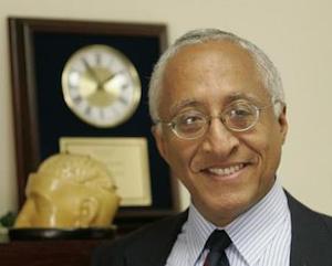 Dr. Oliver Hill