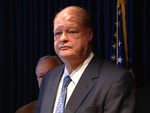 Tom Horne, as Superintendent of Public Instruction, began a campaign to eliminate the Raza Studies K-12 program in 2006.