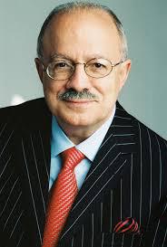 Dr. Eduardo Padrón