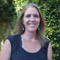 Dr. Kirsten Hextrum